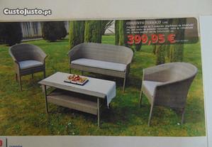 Conjunto de Mobiliario para Jardim, Com 3 Cadeiras
