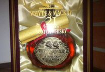 Whisky Whyte and Mackay 21 Anos Gold Medallion