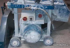 Máquina de corte de pavimento