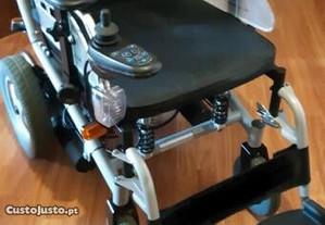Cadeira rodas Elétrica como nova
