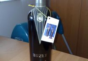Garrafa de vinho BUZET 2000 ( Frances )