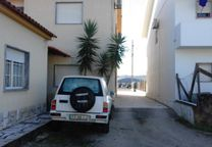 Apartamento em Anexo de Moradia