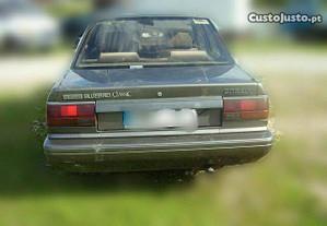 Traseira Nissan Bluebird