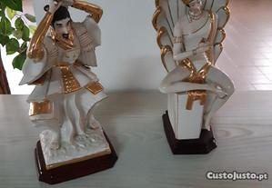 Estátuas em porcelana