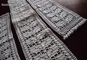 Jogo de quarto em crochet em algodão branco