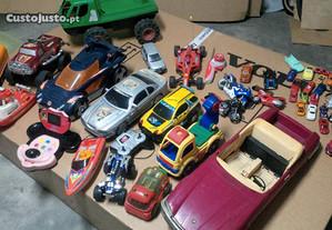 Varios brinquedos