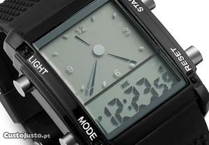 Relógio Quartzo Dual Time LCD Digital Data Alarm