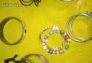 conjunto de pulseiras