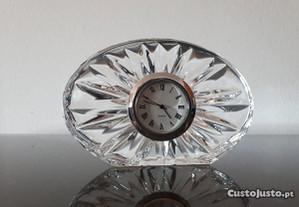 Relógio em cristal da Boémia