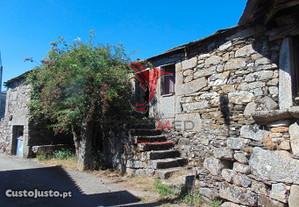 Conjunto 3 casas pedra granito 12 kms de vila real