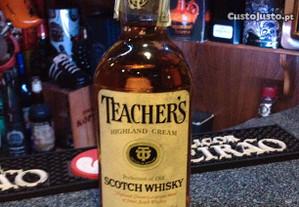 Whisky Teachers 43vol,75cl