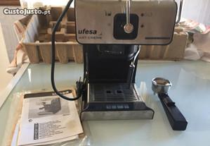 Máquina de Café Ufesa CE7160