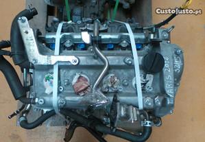Motor Toyota Yaris (_P13_)