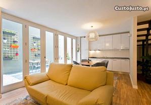 T2 Duplex Disponível por 1 mês na Baixa do Porto