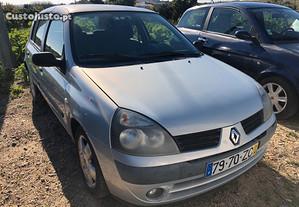 Renault Clio Diesel - 04