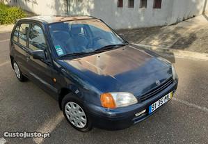 Toyota Starlet 1.3 - 98