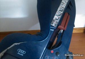 Cadeira de Bebé Automovel AUDI (Isofix)