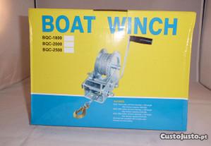 Guincho atrelado/reboque p/ barco 2500lbs(1135 kg)