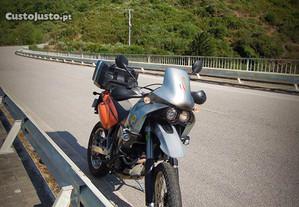 KTM 640 Adventure troco por moto BMW ou classico
