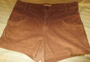 Shorts para senhora nº 32 da Pull & Bear