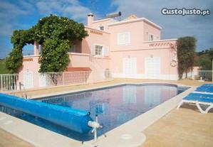 EAR-008 Moradia V4 c/ piscina a 10 min Praia Verde