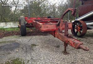 Chassí com rodas de reboque agrícola Galucho