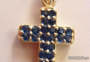 Pingente em prata 925 com zircônia azul escura