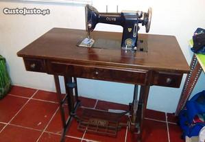 maquina de costura antiga bom estado oliva C L 45