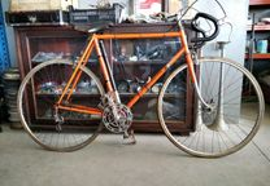 Bicicleta de corrida motovecane R 26