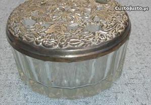 Guarda jóias antigo em vidro e estanho