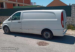 Mercedes-Benz Vito 115 longa com frio