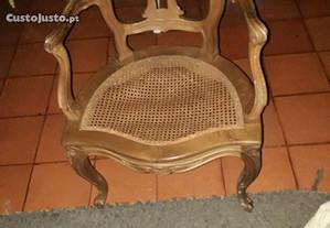 Cadeirao em cerejeira antigo com rede