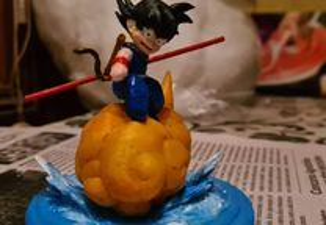 Figura Dragon ball : Bebe Son Goku (novo)
