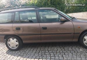 Opel Astra Caravan 1.4 16v - 98