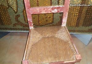 Cadeiras antigas diversos tipos