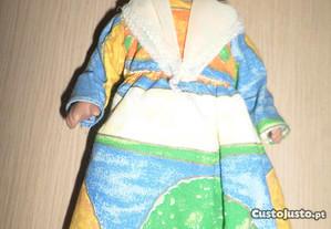 Bonecas do Mundo em porcelana / Martinica n. 9