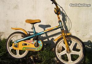 Bicicleta de criança antiga restauro/coleção