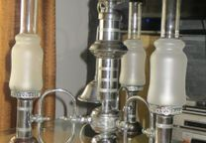 Candeeiro Vintage, em estanho, 3 copos vidro fosco