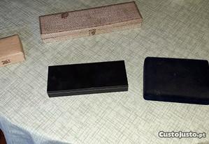 4 caixas pequenas antigas