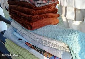 Cortinas,capas de edredão,toalhas mesa,banho e pra