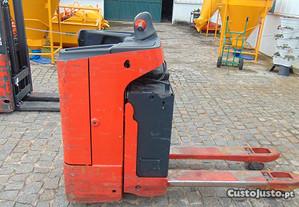 Porta Paletes Eletrico com plataforma 2000kg