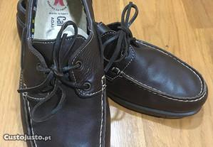 Sapatos de homem em pele Callaghan (tam. 44)