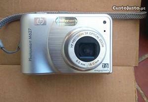 Maquina fotográfica Digital HP - M 627 -