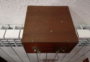 Lâmpada Frontal Médica c/ Estojo Madeira - Vintage