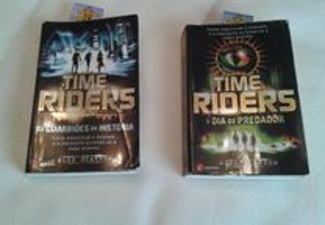 2 livros série TIME RIDERS/ Alex Scarrow +OF.filme