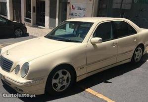Mercedes-Benz E 220 5 portas - 99