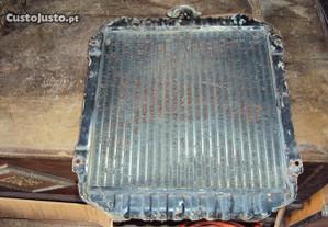 radiador do datssun 1200 em bom estado