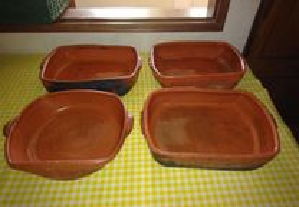 Conjunto de tabuleiros de barro