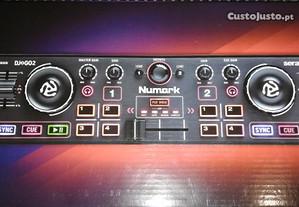 Controladora DJ Numark (Nova)