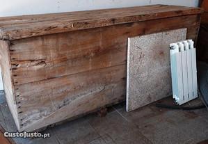 Arca,salgadeira grande em madeira de castanho